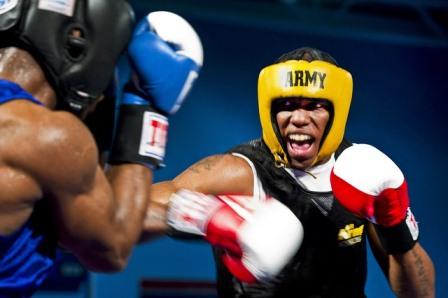 нанесение ударов в боксе
