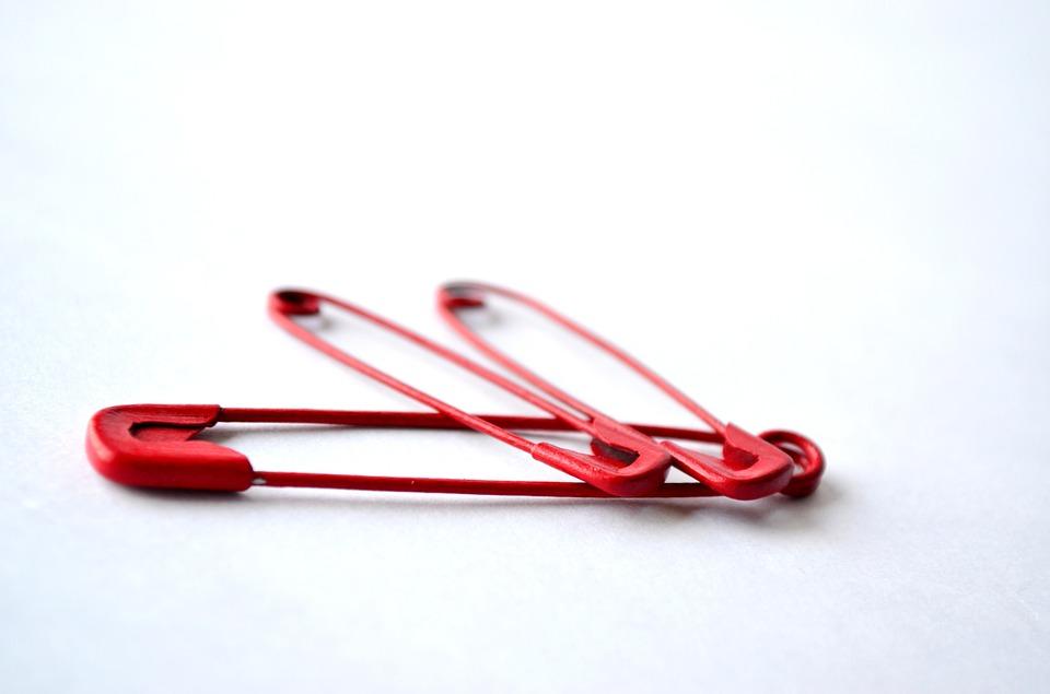 Топ-5 простых оберегов из подручных материалов или что значит красная нить на запястье человека, Энциклопедия ТОП-информации